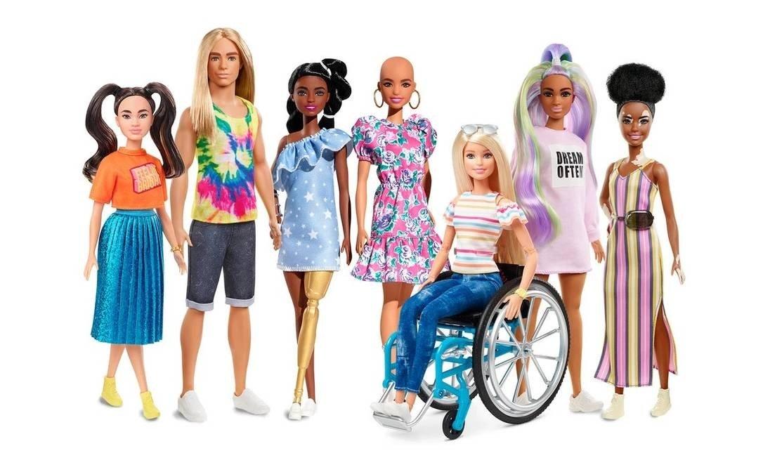 mattel lança bonecas barbie careca e com vitiligo
