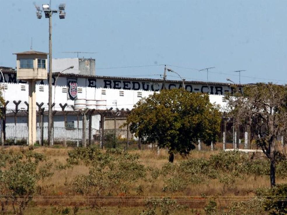visitas em presídios estão suspensas em dez estados